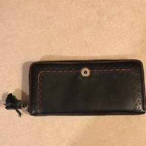 Black stitched border leather wallet.